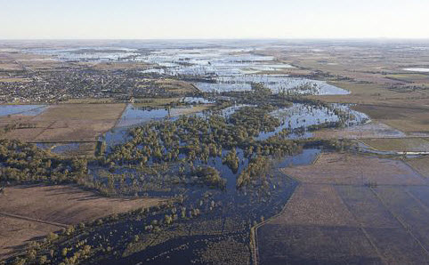 Kerang township surrounded by water